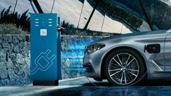 BMW 5er TouringPlug-In Hybrid Ladestation
